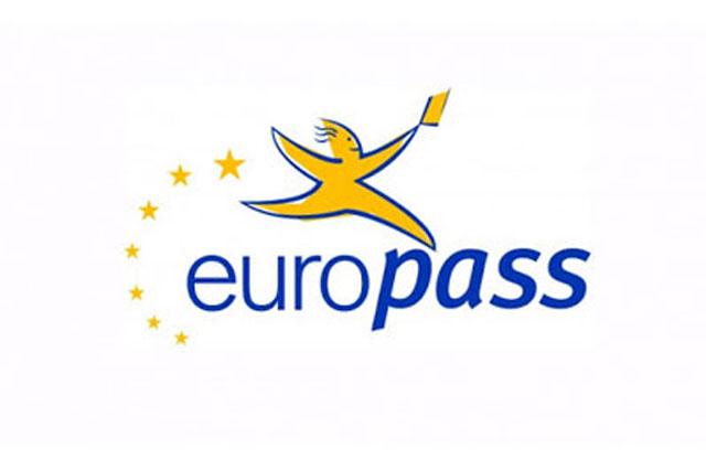 logo model europass